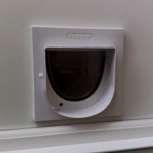 Find cat flap installer Oxfordshire